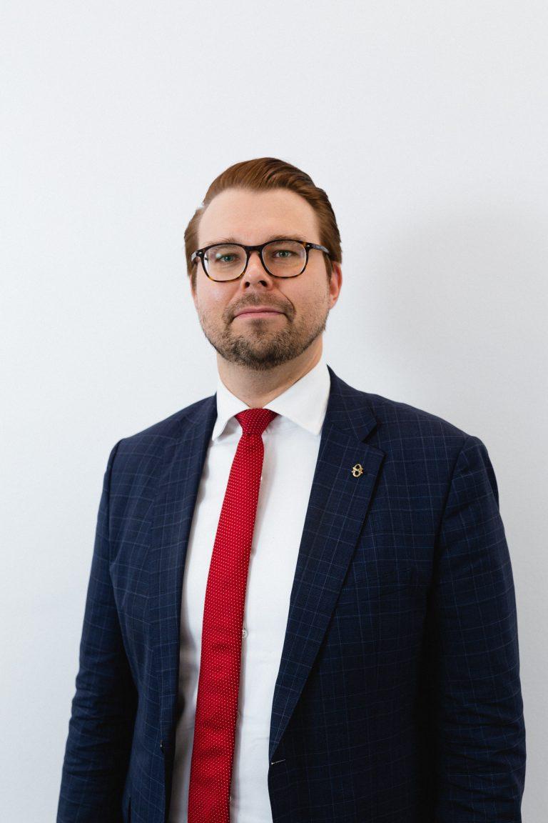 Juha Halttunen at Blic